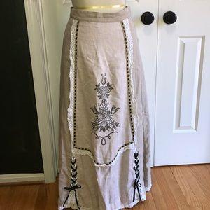 Traditional Bavarian Linen Dirndl Skirt